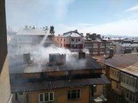 Sivas'ta çatı yangını korkuttu