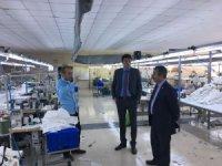 Kaymakam Temurci ve Başkan Erdoğan tekstil fabrikasını ziyaret etti