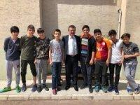 Başkan Taşçı'dan çocuklara halı saha sözü