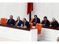 Başbakan Binali Yıldırım, erken seçim önergesi görüşmelerine katılmak üzere TBMM Genel Kuruluna geldi.