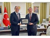 Karacan'dan AK Parti İl Başkanlığı'na ziyaret
