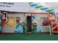 Kocaelili iş adamlarından Suriyeli çocuklara oyun ve etkinlik evleri