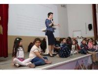Oyuncu-anne Şermin Yaşar'a Bafra'da büyük ilgi