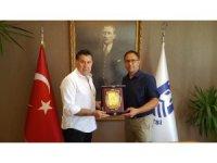 Bodrum Belediyesi'nin 'Sahil Kentlerinde Çatı Üstü Kurulumlar' projesine ödül