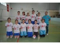 Selendi'de filenin şampiyonu Fatih Ortaokulu oldu
