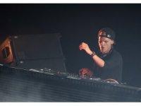 İsveçli ünlü DJ Avicii hayatını kaybetti