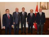 Başkan Gümrükçüğoğlu, Trabzonspor yönetimini kabul etti