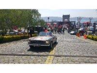 Rallide 66 yıllık otomobil yarışıyor