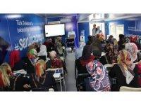 Türk Telekom Teknoloji Seferberliği Projesi Adıyaman'da kadınlarla buluştu