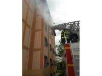 Prizde unutulan ütü yangına neden oldu