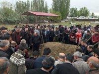 Tüp patlamasında hayatını kaybedenler defnedildi