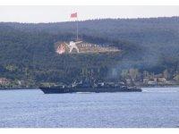 Rus savaş gemileri Çanakkale Boğazı'ndan aynı anda geçti