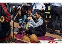 Dünyanın farklı coğrafyalarından Trabzon'a gelen göçmen öğrenciler 23 Nisan'ı kutladı