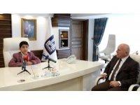 Küçük Başkan Gezer'den Başkan Sekmen'e teşekkür