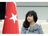 Şehit kızı Milli Savunma Bakanlığı koltuğuna oturdu