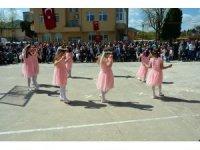 Kabadüz'de 23 Nisan Ulusal Egemenlik ve Çocuk Bayram kutlamaları
