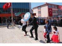 23 Nisan Çocuk Bayramı törenlerle kutlandı