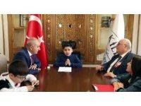 Belediye Başkanı Hasan Kara koltuğunu devretti