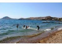 Yattara'yı zorla denizde soktular