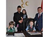MHP Merkez İlçe Başkanlık koltuğu çocuklara emanet