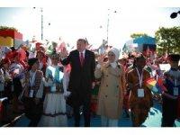 Cumhurbaşkanı Erdoğan, dünya çocuklarını ağırladı