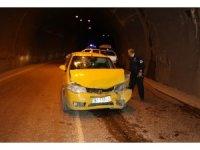 Tünelde kafa kafaya çarpıştılar: 4'ü çocuk 9 yaralı
