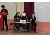 Aslanapa Anadolu Lisesi'nde bilgi yarışması