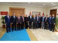 KTO Yönetim Kurulu Üyeleri Vali Kamçı'yı Ziyaret Etti