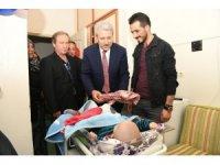 Rektör Budak, 23 Nisan'ı hastanede tedavi gören çocuklarla kutladı