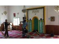 Belediyeden Ramazan Öncesi Camilerde Temizlik Çalışması