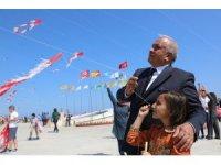 Erdemli'de 5 bin çocuk uçurtma uçurdu