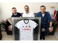 Beşiktaş Kulüp Başkanı Orman'dan Afrin gazisine anlamlı hediye