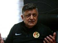 Eskişehirspor Teknik Direktörü Vural'dan taraftara çağrı