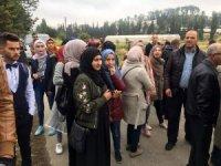 İsrail askerleri El Halil'de üniversite kapılarını kapattı