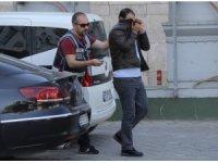 Afrin'e yardım bahanesiyle 8 ilde 8 iş adamını dolandıran zanlı tutuklandı