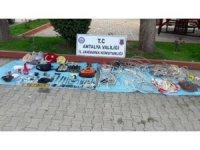 Antalya jandarması 3 kişiyi yakaladı, 30 faili meçhul olayı aydınlattı
