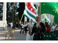 Çerkesler Abhazya'da kutlama yaptı