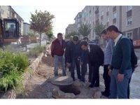 Belediye Başkanı Bahçeci, yol yapım çalışmalarını yerinde inceledi