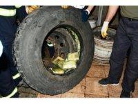 Stepnede 45 kilo eroinle yakalanan 2 kişiden 1'i tutuklandı