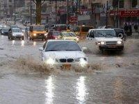 Batı Şeria'da şiddetli yağışlar can aldı