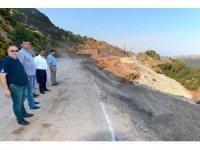 Heyelan sebebiyle çöken Kumluca - Antalya karayolu bayrama yetişecek