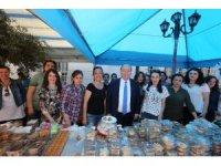Başkan Özakcan, sokak hayvanları için 'ben de varım' dedi