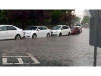Aksaray'da şiddetli yağış