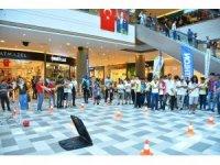 Gençler, bayramlarını Spor Festivali'nde kutladı