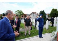 Cumhurbaşkanı Erdoğan'dan Kovaçi Şehitliği'ne ziyaret