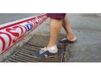Ayağı demir mazgala sıkışan vatandaş yaralandı