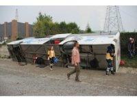 Kütahya'da yolcu otobüsü devrildi: 1 ölü, 16 yaralı
