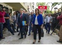 İYİ Parti Genel Başkan Yardımcısı İsmail Koncuk ve beraberindeki heyet milletvekili aday listelerini Yüksek Seçim Kurulu'na (YSK) teslim etti.