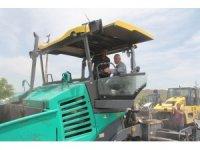 Başkan Karayol, asfalt çalışmalarını yerinde inceledi