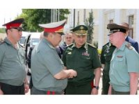 Rusya Savunma Bakanından Şoygu'dan Özbekistan'a ziyaret